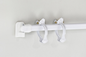 Vitrážna palica biela so šróbovacími držiakmi