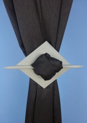 Dekorační spona k zácloně barvy: