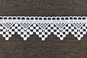 Bíla krajka šířky: 4cm typ