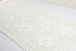 Dekoračný biely obrus 40 x 80cm