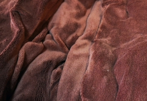 Plachta z mikryplyšu hnědá rozměrů: 180cm×200cm×20cm (1ks)