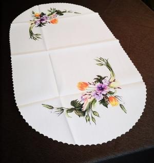 Krém színű ovális teflonos asztalterítő, átmérője Ø 45 x 85 cm