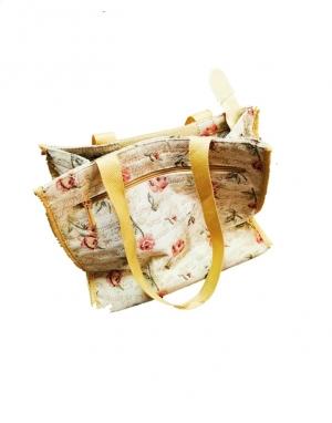 Textil táška méretei: 55, szélleség: 30, vastagság: 13cm