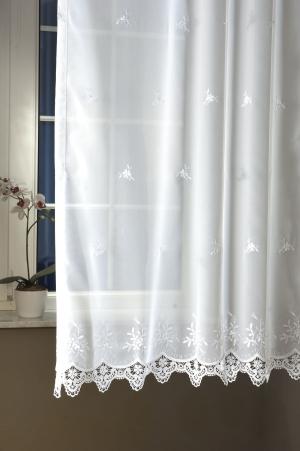 """Hímzett, fehér fényáteresztő függöny, méterárú, """"Csipkével Kapos"""""""