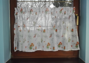 Hotová záclona vitrážka bylinky rozměrů: 150 × 57cm
