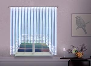 Hímzett, fényáteresztő készfüggöny, W méretei: 160cm × 390cm
