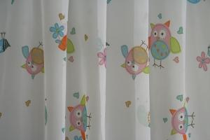 Hotová záclona pro děti: