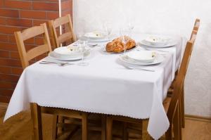 Teflonový obrus rozmerov: 120 x 140cm biely