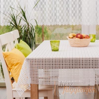 Asztalterítő, méterárú féher csipke