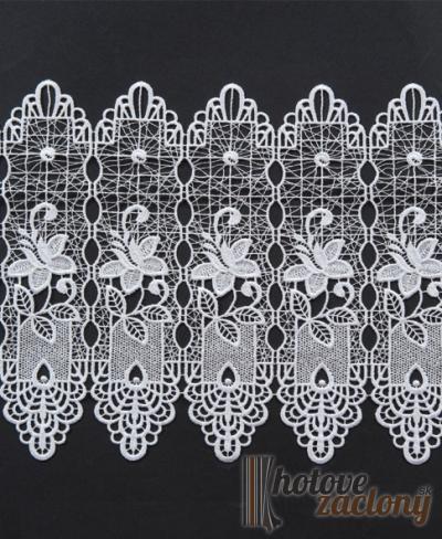 Záclona vyšívaná